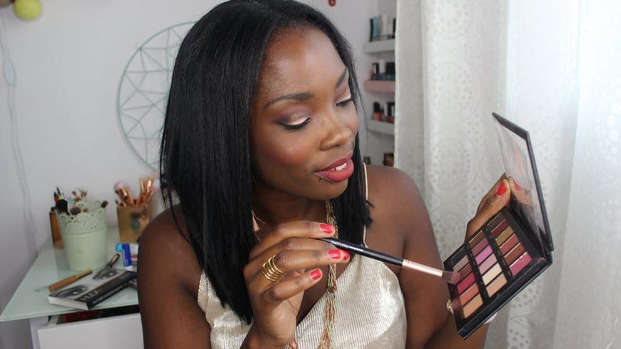 Vid 233 O Maquillage Huda Beauty Palette Rose Gold Figure